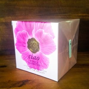 Vince Camuto Other - New Vince Camuto Ciao UNOPENED